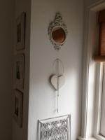 White heart, White frames,....
